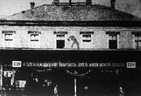A Szovjetúnióból hazatért hadifoglyokat az SZDP ünnepélyesen fogadta a határállomáson.