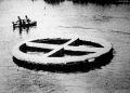 A háborúban használta ezt az óriási, 104 személyes mentőövet az amerikai haditengerészet. Vajjon mit kezdenek vele a békében?