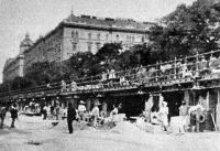 A vasút viaduktjának építése
