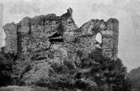 Drégely vár romjai
