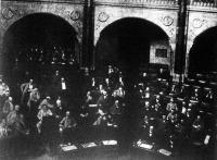 Ülésezik a képviselőház