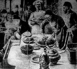 Ételek lepecsételése a szultán konyhájában