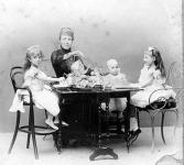 XIII.Alfonso és családja