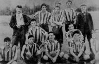 A Magyar Úszó Egyesület futballcsapata