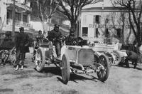 Az egyik első Mercedes-kocsi