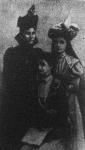 Draga királynő nővéreivel