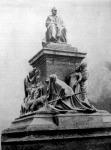 Pasteur szobra Párisban
