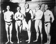Az MTK. ötös stafétája: Hajós H., Kiss G., Halmay Z., Kiss L., Hajós J.