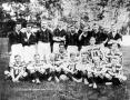 A Pozsonyi Torna Egylet csapata (ülő játékosok) és a WAC Bécsből