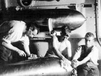Whitehead torpedók szerelése a spanyol-amerikai háborúban
