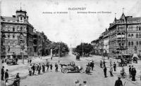Andrássy út, háttérben a városligeti Ezredéves Emlékművel