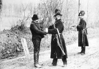 Csendőrök munka közben