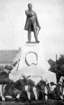 Kossuth szobra Békés-Csabán