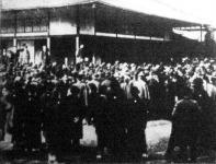 Okuma gróf Yokohamában felszólítja a japán kormányt, hogy védje meg az ország érdekeit