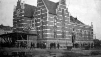 A pályaház régi helyén, az eltolás előkészületeinek kezdetekor