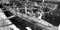U21-es német tengeralattjáró a kikötőben