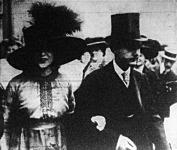 1.Liane de Pougy, az ismert párizsi színésznő és férje, Ghika herceg
