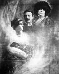 Bernárd Sára és családja