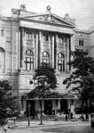 A budapesti nemzeti Színház homlokzata mai állapotában