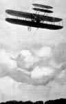 Geville Wright repülőgépe, a levegőben néhány pillanattal Amerikában történt elpusztulása előtt