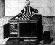 A sakkozó-gép játék előtt, elülről nézve