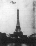Lambert gróf repülőgépével az Eiffel-torony körül többször körülröpül