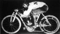 Graves M. J. motorversenyző