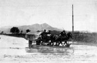 Özönvízszerű esőzés után a Szentendrei úton