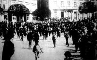 Utczai tüntetés Liszabonban a forradalom előtti napokban
