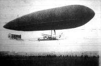A kormányozható léghajó megérkezése Londonba