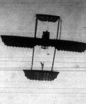 Az uj rendszerü repülőgép repülés közben