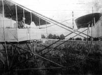 Önműködő egyensulyozóval (stabilizátor) felszerelt repülőgép
