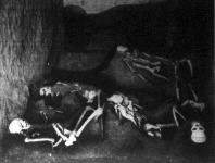 Obelliusz Firmusz dusgazdag római polgár, felesége, gyermekei és két belső cselédének csontváza