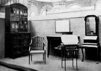 Sheraton tervrajzai után készült bútorok