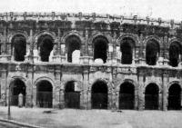 Az aréna Nimesben