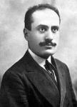 A fiatal Mussolini: újságíró, majd katona