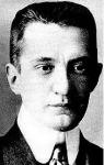 Kerenszkij, hadügyminiszter , majd miniszterelnök. Új  offenzívát kezdeményez