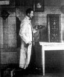 Egy agnol kémikus főltalálta annak a módját, hogy mi módon lehet tárgyakat tetszőleges fémmel bevonni.