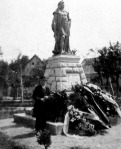 Mátyás király szobra Gömörben, melyet most lepleztek le -  Holló Barnabás munkája