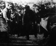 A cinkotai gyolkosságok áldozatainak temetése