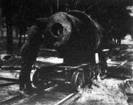 Huszonyolc centiméteres orosz ágyu csöve