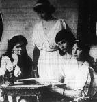 Romanov ezredes lányai