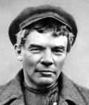 Lenin álruhában