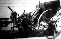 Burgonyaültető gép
