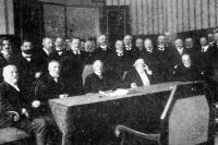 Az OMGE 1913-as közgyűlésének résztvevői