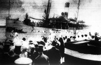 Osztrák és magyar hadifoglyok megérkezése Sassnitzba