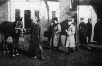 Lórekvirálás - a franciák számára (1919. január)
