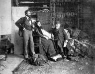 Feszty Árpád műtermében feleségével és apósával, Jókai Mórral