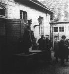 Árverezés a volt német császári istállőkban
