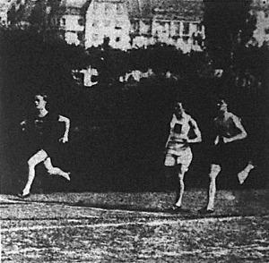 Az Andrássy-díj mezőnye 200 m után (Fixl-Déván-Benedek)